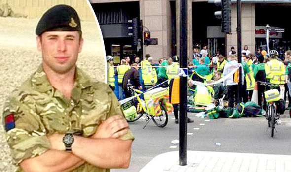 London Marathon 2016: Army captain David Seath dies after collapse